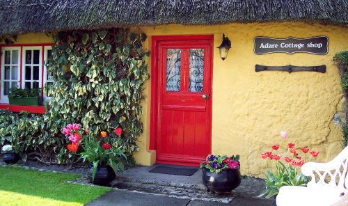 Adare Cottage Shop Jigsaw Puzzle