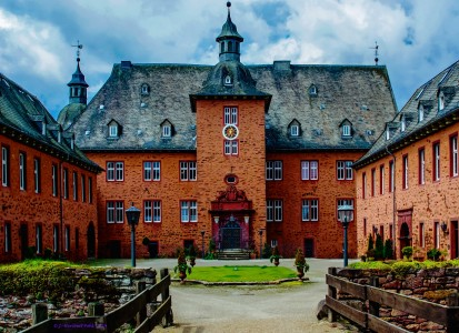 Adolfsburg Castle Jigsaw Puzzle