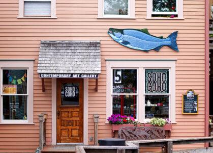 Alaskan Art Gallery Jigsaw Puzzle
