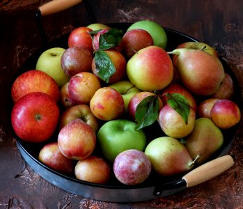 Apples, pears, and plums Jigsaw Puzzle