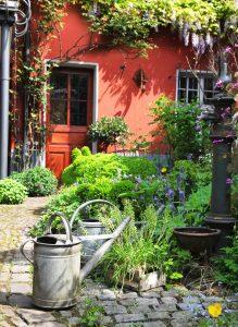 Backyard Garden Jigsaw Puzzle