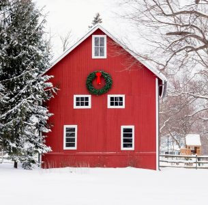 Barn Wreath Jigsaw Puzzle