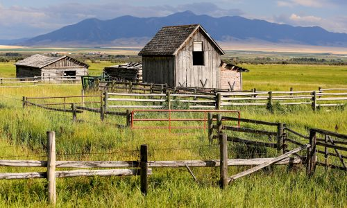 Barns and Fences Jigsaw Puzzle