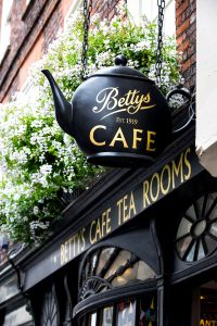 Betty's Cafe Jigsaw Puzzle