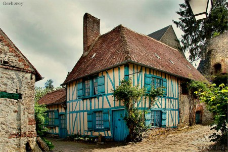 Blue Timber House Jigsaw Puzzle