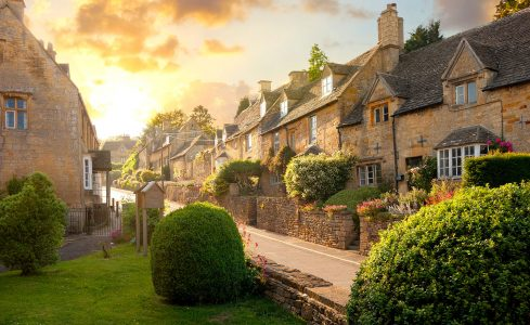 Bourton-on-the-Hill Jigsaw Puzzle