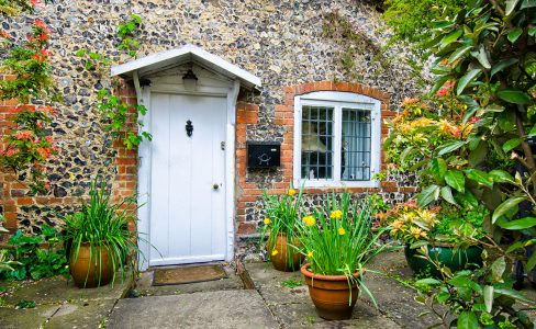 Brick and Stone Cottage Jigsaw Puzzle