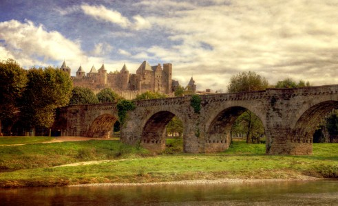 Bridge and Castle Jigsaw Puzzle