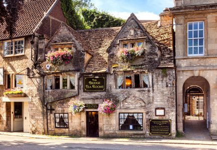 Bridge Tea Rooms Jigsaw Puzzle