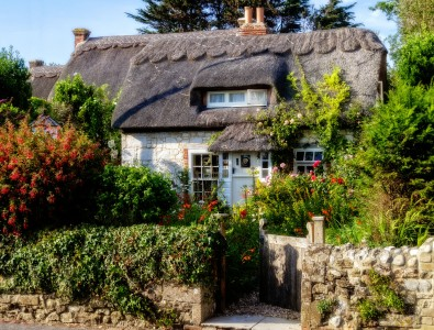 Brighstone Cottage Jigsaw Puzzle