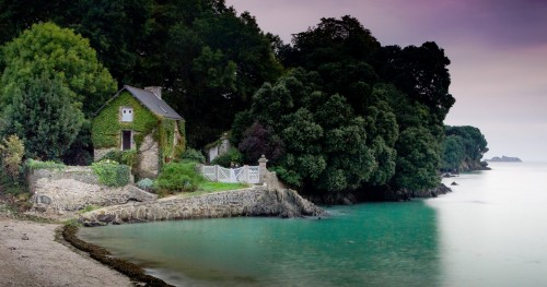 Brittany Cottage Jigsaw Puzzle