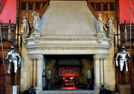 Castle Fireplace Jigsaw Puzzle