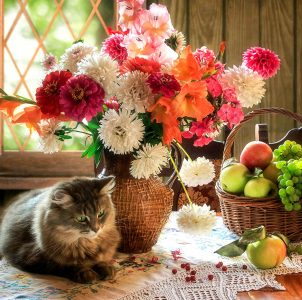 Cat and Bouquet Jigsaw Puzzle