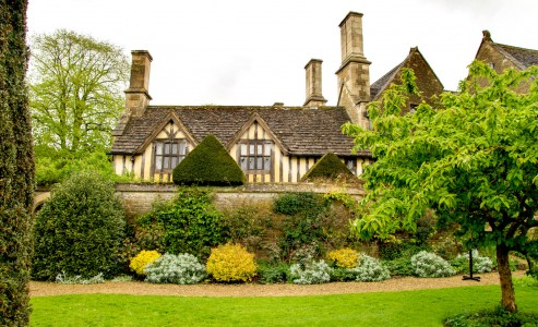 Chalfield Manor Jigsaw Puzzle