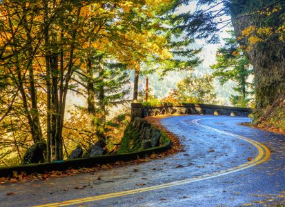 Columbia River Drive Jigsaw Puzzle