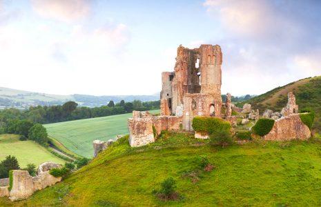 Corfe Castle Ruins Jigsaw Puzzle