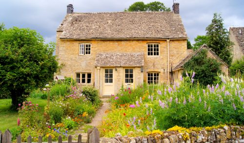 Cotswold House Jigsaw Puzzle