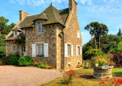 Country House Jigsaw Puzzle