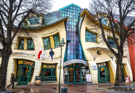 Crooked House Jigsaw Puzzle