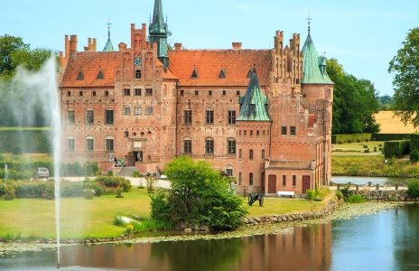 Egeskov Castle Jigsaw Puzzle