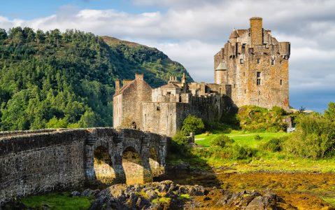 Eilean Donan Castle Jigsaw Puzzle