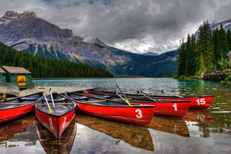 Emerald Lake Jigsaw Puzzle