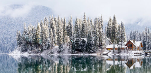 Emerald Lake Lodge Jigsaw Puzzle