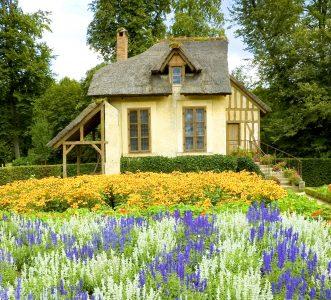 Farm Cottage Jigsaw Puzzle