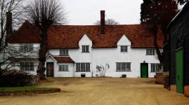 Farm Manor