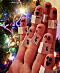 Finger Christmas Carolers