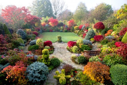 Four Seasons Garden Jigsaw Puzzle