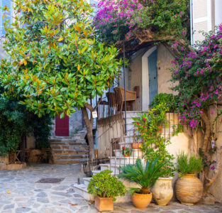 French Courtyard Jigsaw Puzzle