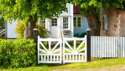 Front Yard Gate Jigsaw Puzzle