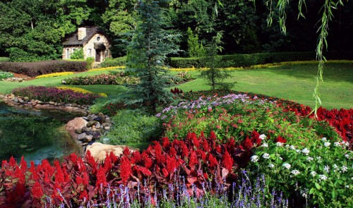 Garden and Cottage Jigsaw Puzzle