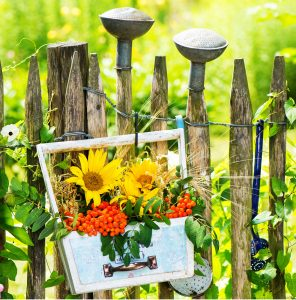 Garden Decorations Jigsaw Puzzle