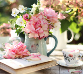 Garden Roses Jigsaw Puzzle