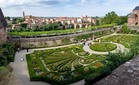 Gardens of Albi Jigsaw Puzzle