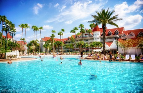 Grand Floridian Pool Jigsaw Puzzle