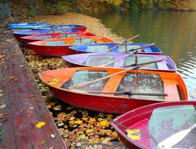 Hamori Lake Boats Jigsaw Puzzle