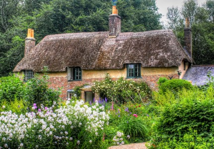 Hardy's Cottage Jigsaw Puzzle