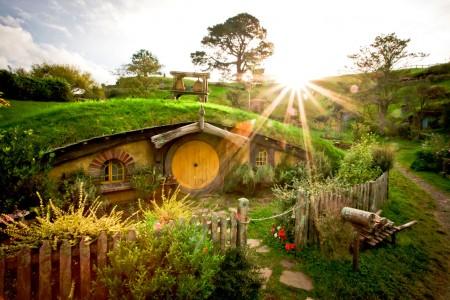 Hobbit Dwelling Jigsaw Puzzle