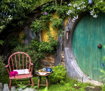 Hobbit Entrance Jigsaw Puzzle