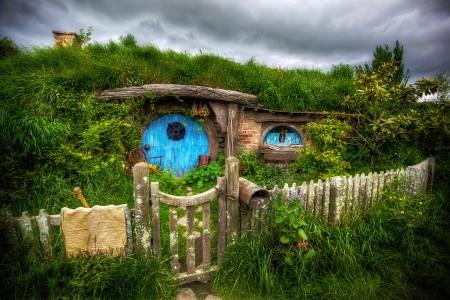 Hobbit Hole Jigsaw Puzzle