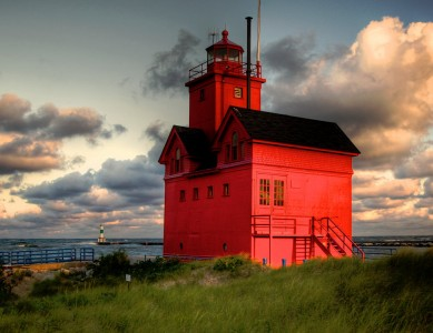 Holland Harbor Lighthouse Jigsaw Puzzle