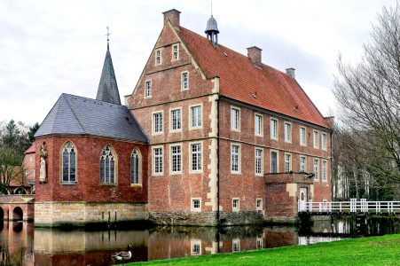 Hülshoff Castle Jigsaw Puzzle
