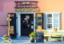 Hungarian Coffee Shop