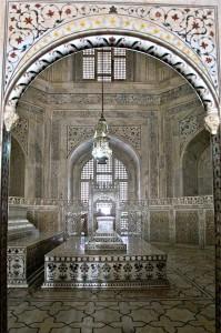 Inside the Taj Mahal Jigsaw Puzzle