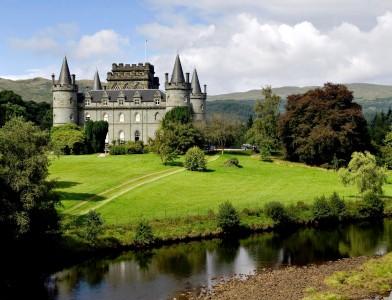 Inveraray Castle Jigsaw Puzzle