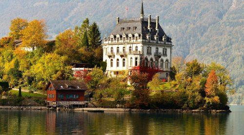 Iseltwald Castle Jigsaw Puzzle