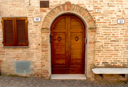 Italian Door Jigsaw Puzzle
